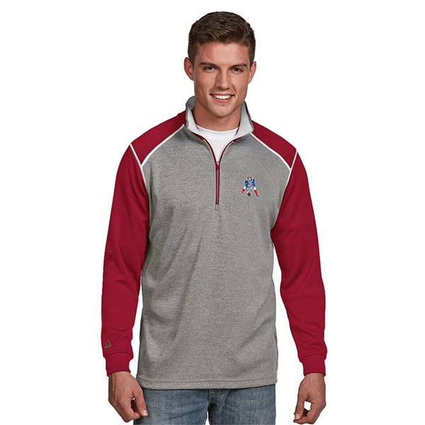 Antigua Throwback Breakdown 1/2 Zip Top-Gray/Red/White