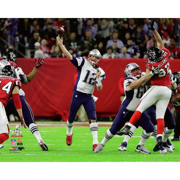 Super Bowl LI Brady In Pocket 8x10 Photo