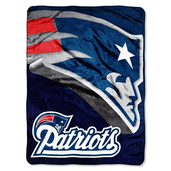 Patriots Logo Bevel Plush Blanket