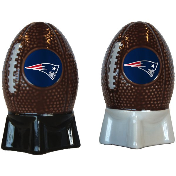 Patriots Football Salt+Pepper Shakers