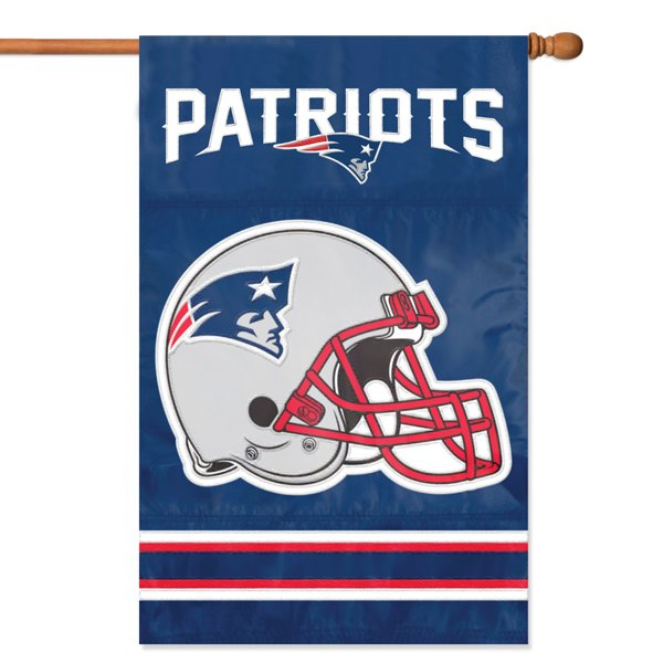 Patriots Helmet Flag 44x28