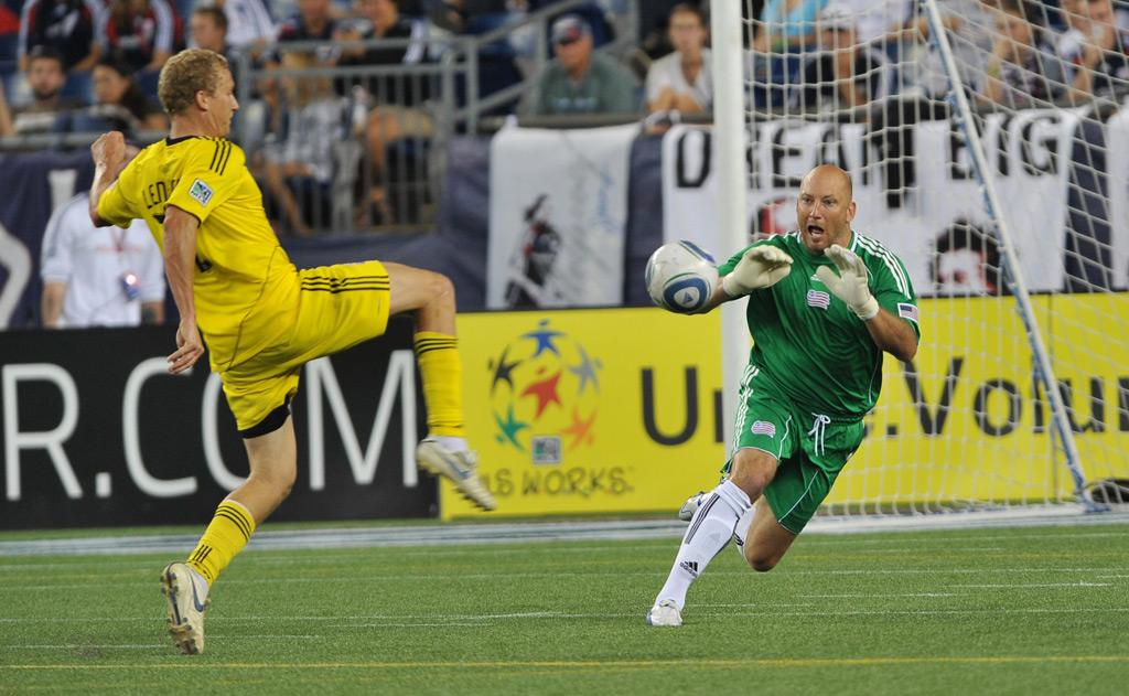 Matt Reis vs. Columbus Crew
