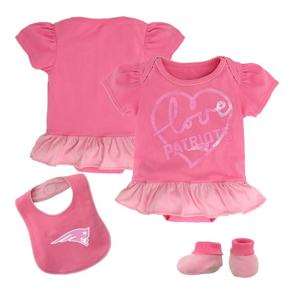 Newborn Girls Creeper/Bib/Booties-Pink