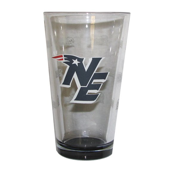 Patriots NE Logo 16oz Pint Glass