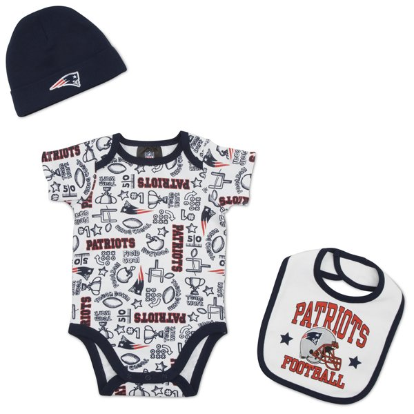 Newborn Short Sleeve Bodysuit, Bib, Cap Set