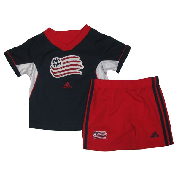 Toddler Revolution 3-Stripe Short Set