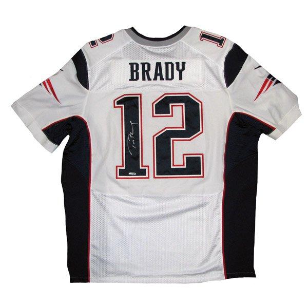 Tom Brady Autographed Nike Elite Jersey-White