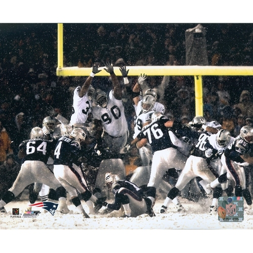 Vinatieri Snow Bowl Kick 8x10 Photo